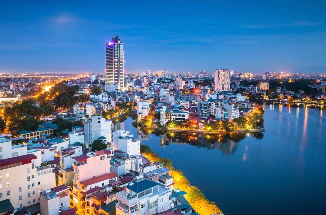 Hanoin katukuvaa, liikennettä